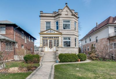 3749 North Keeler Avenue Chicago IL 60641