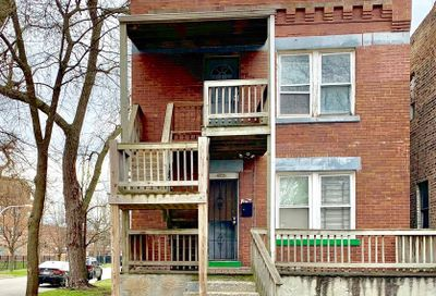 4856 West Thomas Street Chicago IL 60651