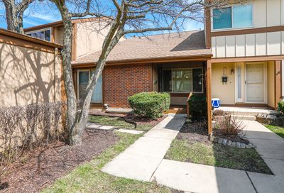 551 North Woodfield Trail Roselle IL 60172