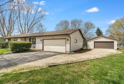 1828 Dolly Court Lake Holiday IL 60548