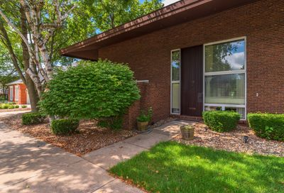 58 Country Club Place Bloomington IL 61701