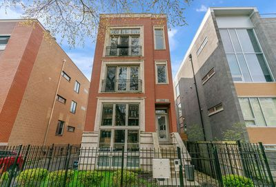 1915 West Crystal Street Chicago IL 60622