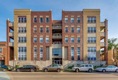 3611 West Montrose Avenue Chicago IL 60618