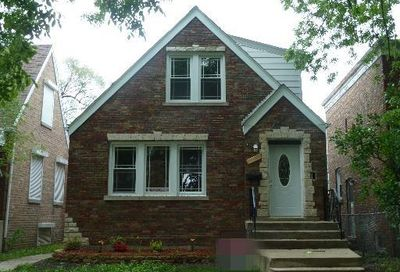 8045 South Campbell Avenue Chicago IL 60652