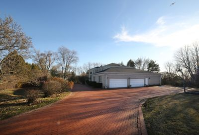 2456 Hedge Row Northfield IL 60093