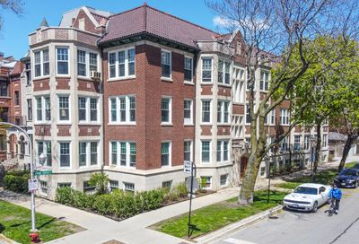 2946 North Pine Grove Avenue Chicago IL 60657