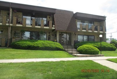 9105 South Roberts Road Hickory Hills IL 60457