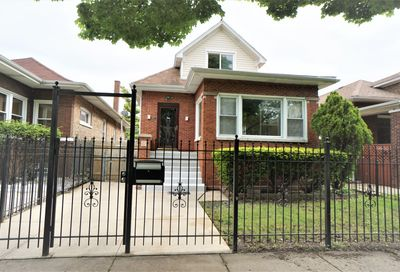 4927 West Barry Avenue Chicago IL 60641