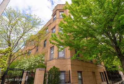 734 West Barry Avenue Chicago IL 60657