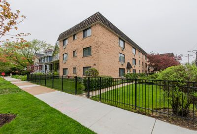 1760 West Highland Avenue Chicago IL 60660