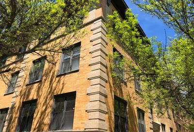 1104 West Dickens Avenue Chicago IL 60614