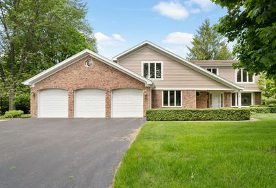 101 Rolling Green Drive Tower Lakes IL 60010
