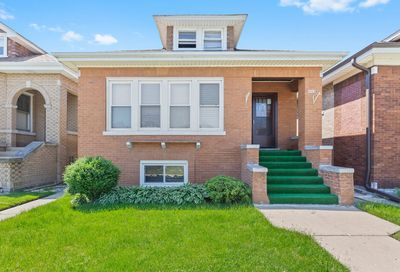 5023 West Wrightwood Avenue Chicago IL 60639