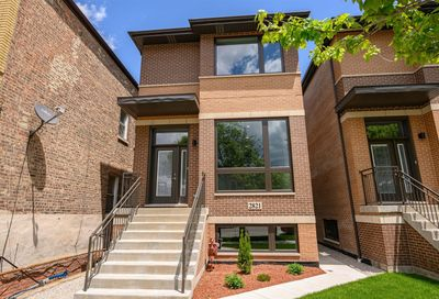 2821 South Throop Street Chicago IL 60608