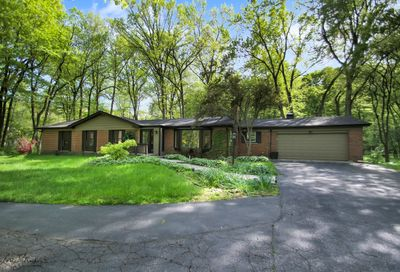 2985 Arrowwood Trail Riverwoods IL 60015