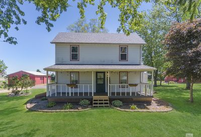 4546 East 10th Road Earlville IL 60518