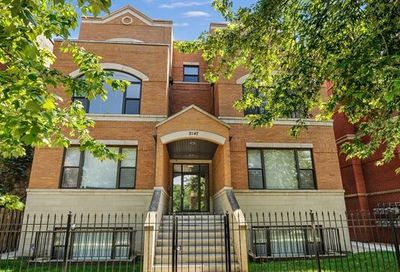 2147 West Evergreen Avenue Chicago IL 60622