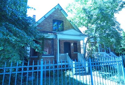 6640 North Glenwood Avenue Chicago IL 60626