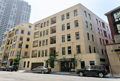 2050 North Clark Street Chicago IL 60614