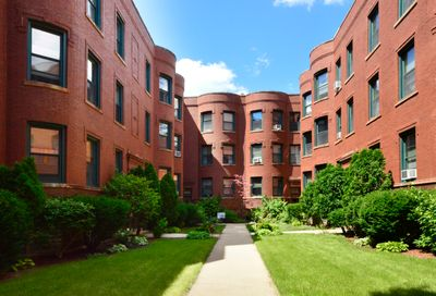 830 West Lakeside Place Chicago IL 60640