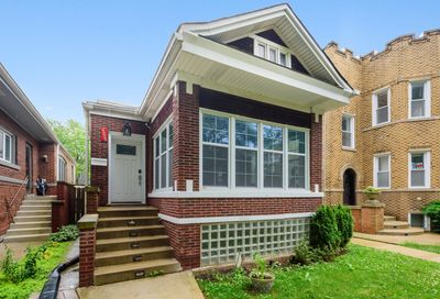 4925 North Ridgeway Avenue Chicago IL 60625