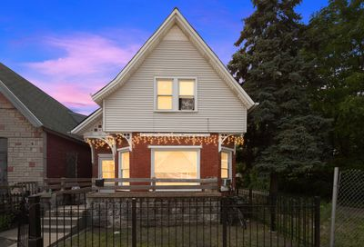 1330 South Heath Avenue Chicago IL 60608