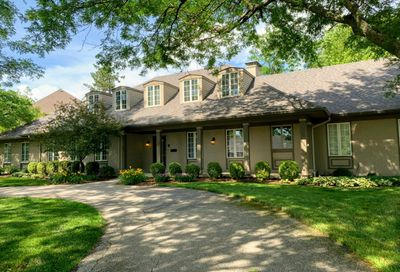 41 Country Club Place Bloomington IL 61701