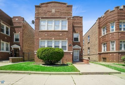 8136 South May Street Chicago IL 60620