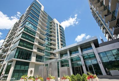 123 South Green Street Chicago IL 60607