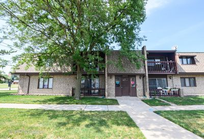 9147 South Roberts Road Hickory Hills IL 60457