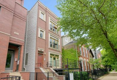 945 North Honore Street Chicago IL 60622
