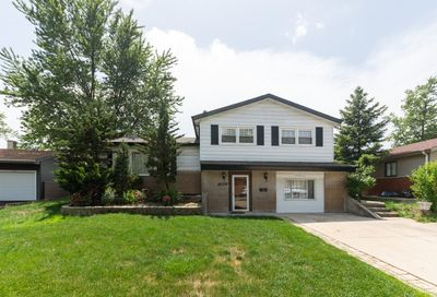 Address Withheld Hickory Hills IL 60457