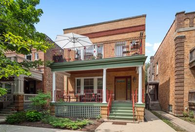 1320 West Roscoe Street Chicago IL 60657