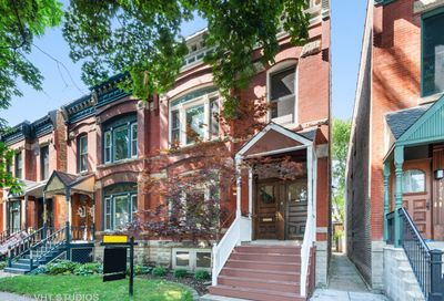 1216 West Altgeld Street Chicago IL 60614
