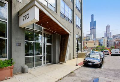 770 West Gladys Street Chicago IL 60661