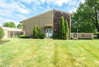 645 Overland Trail Roselle IL 60172