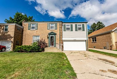 2440 South 1st Avenue North Riverside IL 60546