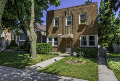 4824 West Berwyn Avenue Chicago IL 60630