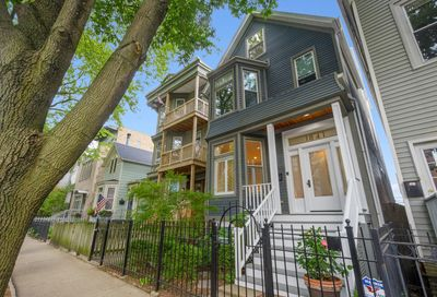 1841 West Roscoe Street Chicago IL 60657