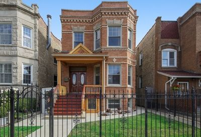 3222 West Cortez Street Chicago IL 60651