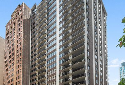 201 East Chestnut Street Chicago IL 60611