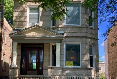 3238 West Le Moyne Street Chicago IL 60651
