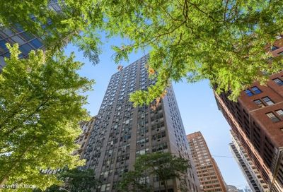253 East Delaware Place Chicago IL 60611