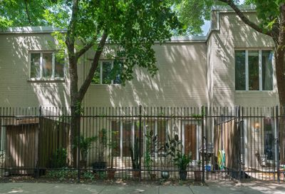 953 South Plymouth Court Chicago IL 60605