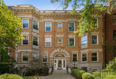 509 West Roscoe Street Chicago IL 60657