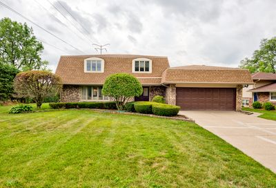 400 Kirkwood Cove Burr Ridge IL 60527