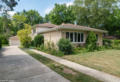 56 North Cowley Road Riverside IL 60546