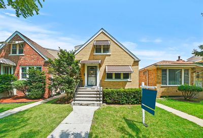 4743 South Tripp Avenue Chicago IL 60632
