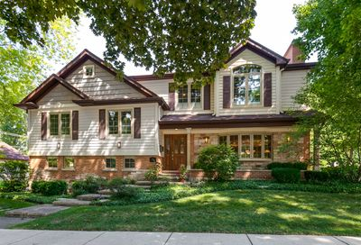 100 North Waverly Place Mount Prospect IL 60056