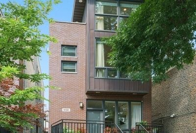 936 North Honore Street Chicago IL 60622